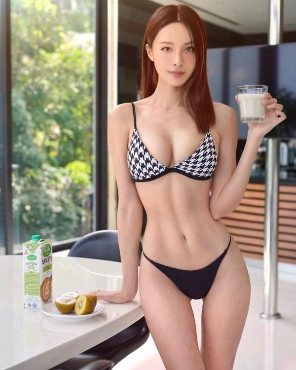 모델 캐셔린